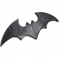Figura NECA Dc Comics Oversize Batman Batarang Foam Prop