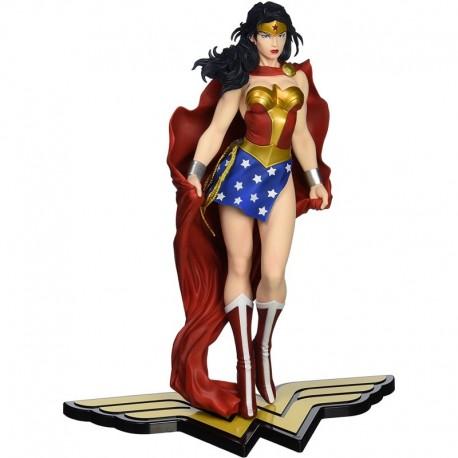 Figura DC Kotobukiya Wonder Mujer Comics ARTFX Statue (Importación USA)