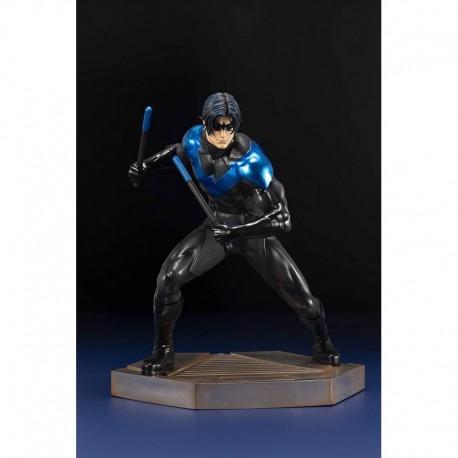 Figura DC Comics Nightwing Titans Series Artfx Statue